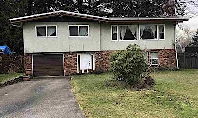 9771 115a Street, Surrey, BC, V3V 3Z3