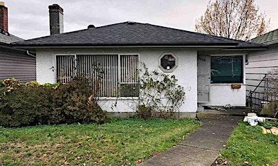 2856 E Broadway Avenue, Vancouver, BC, V5M 1Z1