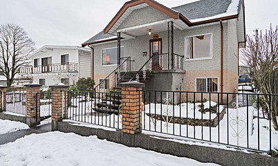 2786 Dundas Street, Vancouver, BC, V5K 1R2