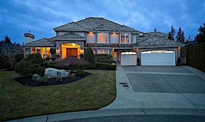 13272 21 Avenue, Surrey, BC, V4A 9N1