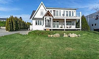 15805 Pacific Avenue, Surrey, BC, V4B 1S7