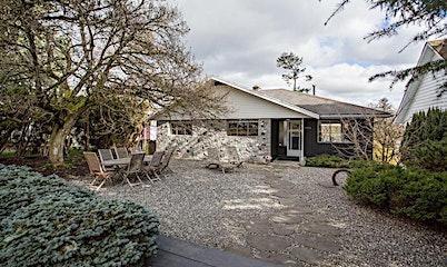 7886 Vivian Drive, Vancouver, BC, V5S 2V9