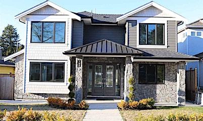 788 E 10th Street, North Vancouver, BC, V7L 2G1