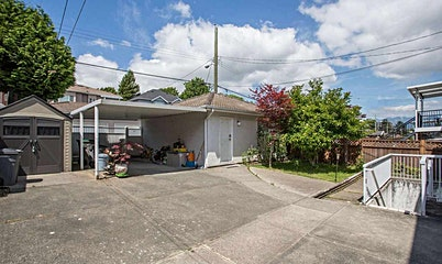 5615 Earles Street, Vancouver, BC, V5R 3S3