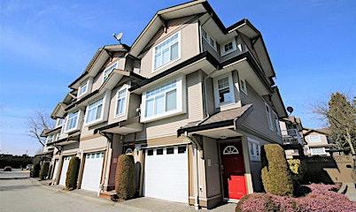 105-9580 Prince Charles Boulevard, Surrey, BC, V3V 1S6
