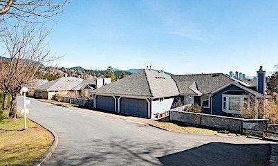 18-1140 Falcon Drive, Coquitlam, BC, V3E 2J6