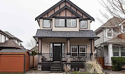 6861 192a Street, Surrey, BC, V4N 0B6
