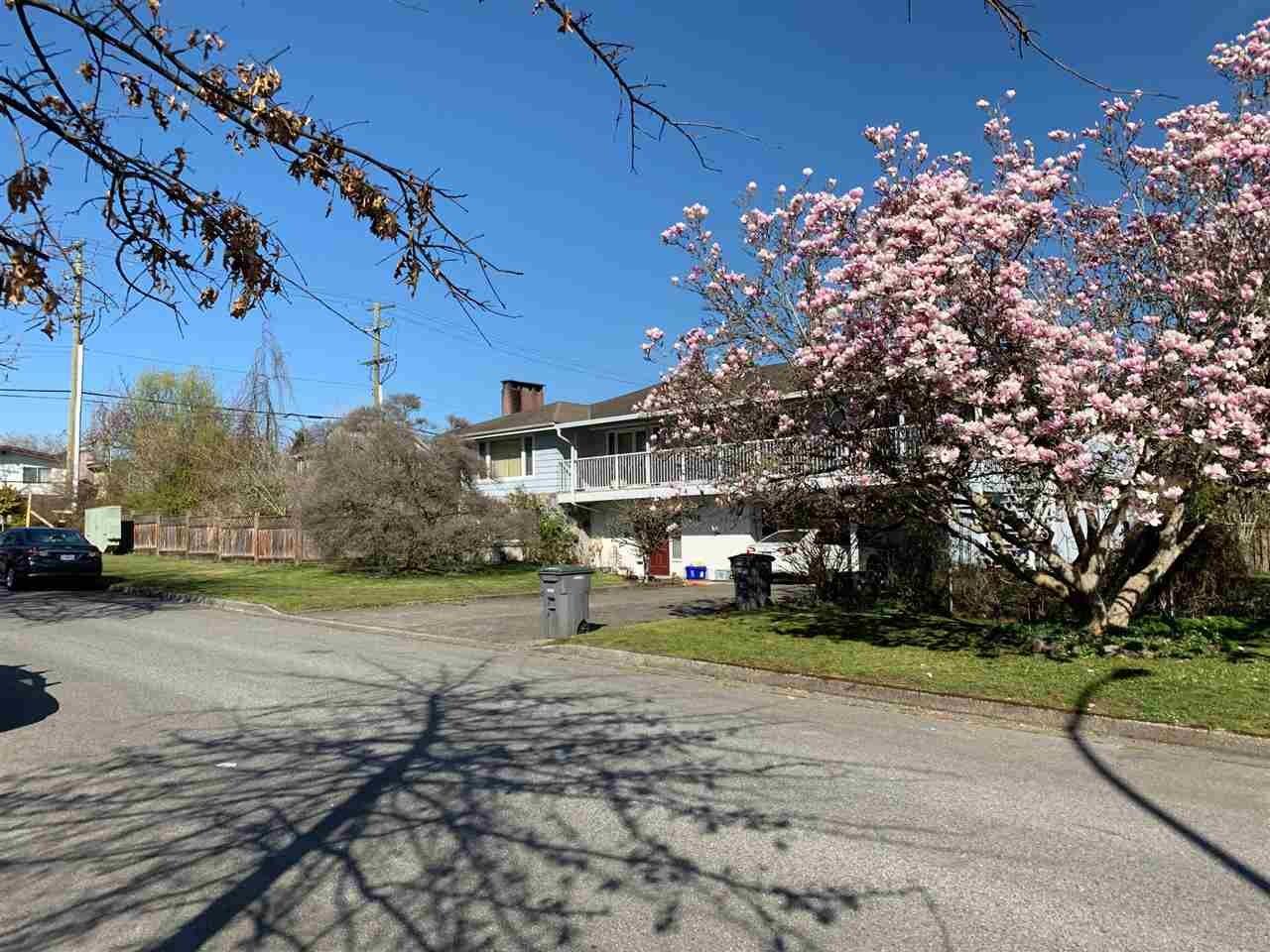 8010 Laurel Street, Vancouver, BC, V6P 3V1