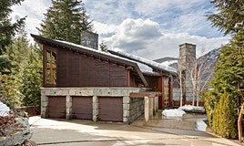 3800 Sunridge Place, Whistler, BC, V8E 0W1