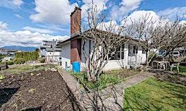 2827 E 27th Avenue, Vancouver, BC, V5R 1N7