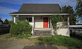 742 North Road, Gibsons, BC, V0N 1V9