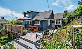 633 Beach Avenue, Gibsons, BC, V0N 1V9
