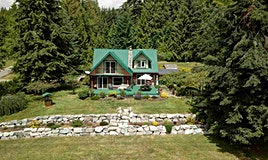 736 Mansfield Road, Gibsons, BC, V0N 2W5