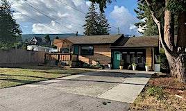 716&718 Hillcrest Road, Gibsons, BC, V0N 1V9