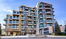 216-10 Renaissance Square, New Westminster, BC, V3M 7B1