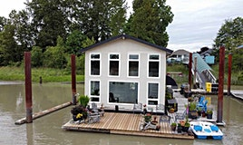 1-800 South Dyke Road, New Westminster, BC, V3M 4Z8