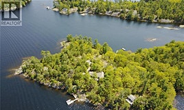 13 A30 Island, The Archipelago, ON, P0G 1K0