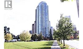 18 East Holmes Avenue, Toronto, ON, M2N 0E1