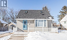 82 Gunn Street, Barrie, ON, L4M 2H5