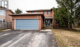 11 Charles Court, Barrie, ON, L4N 6S8
