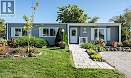 18 Hearts Content, Innisfil, ON, L9S 1S1