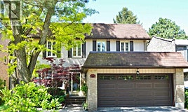 8 Tarbert Road, Toronto, ON, M2M 2Y2