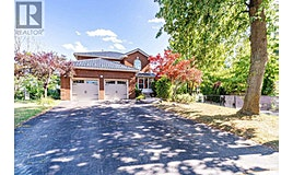 28 Peachwood Place, Brampton, ON, L6S 3Y9