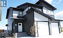 29 Iron Gate Boulevard, Red Deer County, AB, T4S 0B6