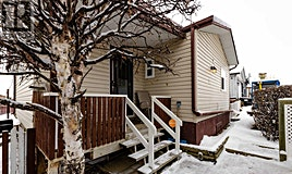 9 Hearthstone Drive, Lacombe, AB, T4L 1R2