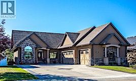 60 Oakwood Close, Red Deer, AB, T4P 0C5