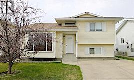 30 Dixon Crescent, Red Deer, AB, T4R 2H4