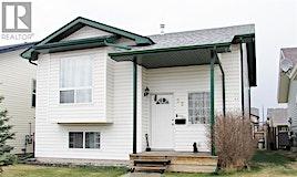 52 Dynes Street, Red Deer, AB, T4R 3C3