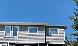 586 Regal Park Northeast, Calgary, AB, T2E 0S6