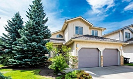 215 Hampshire Close Northwest, Calgary, AB, T3A 4Y1