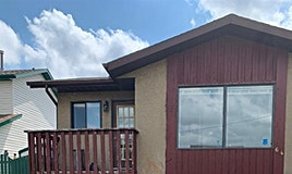 64 Whitehaven Route Northeast, Calgary, AB, T1Y 6A4