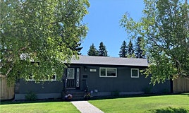 55 Gainsborough Drive Southwest, Calgary, AB, T3E 4W6