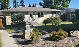 40 White Oak Crescent Southwest, Calgary, AB, T3C 3J9