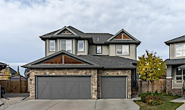228 Tremblant Heights Southwest, Calgary, AB, T3H 0S9