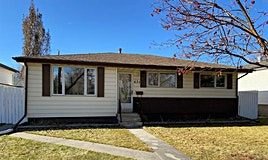 631 Fortalice Crescent Southeast, Calgary, AB, T2A 2C8