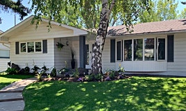 419 Woodbend Route Southeast, Calgary, AB, T2J 1L7