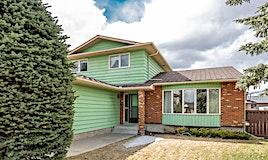 68 Range Green Northwest, Calgary, AB, T3G 1H3