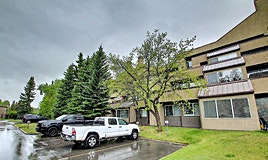 121 Village Heights Southwest, Calgary, AB, T3H 2L2