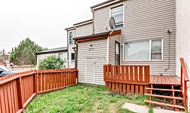 216 Pensville Close Southeast, Calgary, AB, T2A 5N3