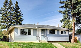 211 44 Street Northeast, Calgary, AB, T2A 2M7