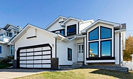 142 Hawkdale Circle Northwest, Calgary, AB, T3G 2W9
