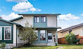 105 Berwick Way Northwest, Calgary, AB, T3K 1H8
