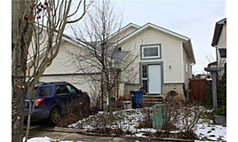 95 SW Canoe Square, Airdrie, AB, T4B 2N5