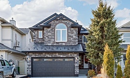 13 Country Hills Green Northwest, Calgary, AB, T3K 4Y4