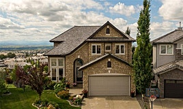 43 Royal Ridge Terrace Northwest, Calgary, AB, T3G 5Y9