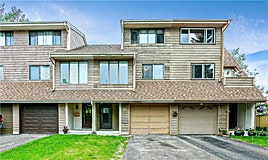 139 Woodvale Bay Southwest, Calgary, AB, T2W 3P8